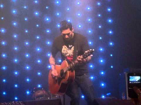 Mike Herrera (MxPx) - Punk Rawk Show (Acoustic) - Aug 22nd 2010, Sao Paulo/Brazil