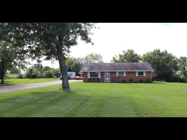 7212 Manning Rd Miamisburg OH 45342 - Looking for privacy in a country setting?  THIS IS IT!