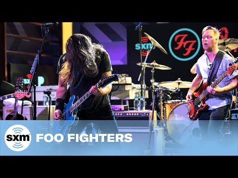 Foo Fighters - Best Of You [LIVE @ SiriusXM Garage]