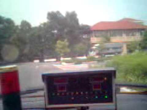 Thi Thực Hành Sa Hình Sát Hạch Hạng B2 - Trung tâm dạy lái xe