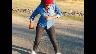 Mc n dimples dancing to wololo by babes wodum feat mampintsha