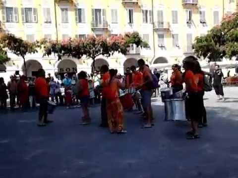 Animation musicale fête de la place Garibaldi 4