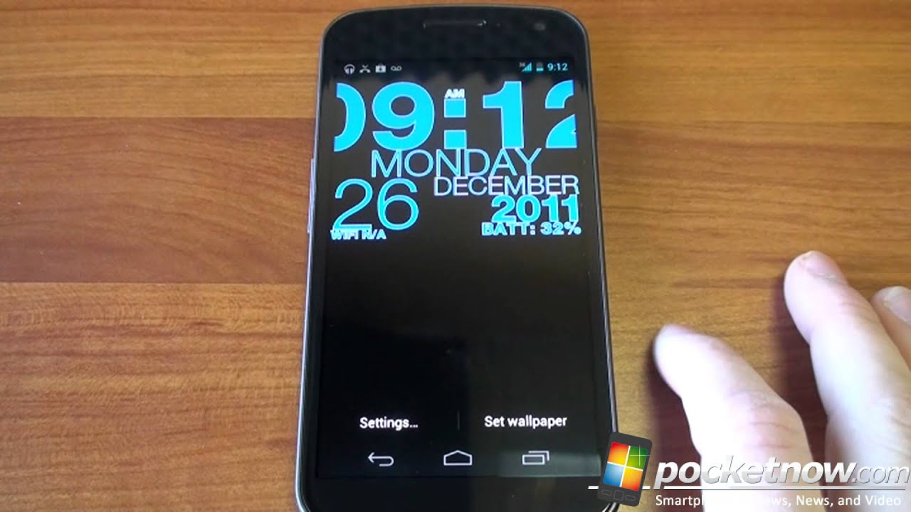 wp clock live wallpaper for android is beautiful and useful