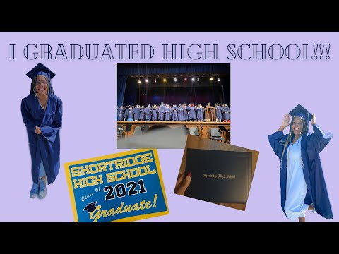 I graduated High school at 17!!!   South African Youtuber   Graduation vlog