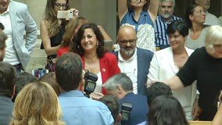 Andreu (PSOE), elegida presidenta del Gobierno de La Rioja con el apoyo de Podemos e IU