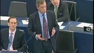 Nigel Farage UMILIA Martin Schulz, Nuovo Presidente del Parlamento Europeo.