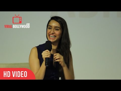 Exclusive : Shraddha Kapoor Funny Moment With IIT Students | ViralBollywood