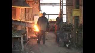 Смотреть видео что делает плавильщик металла и сплавов