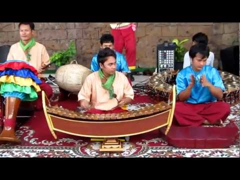 cambodian music at the Yesou World Expo - South Korea
