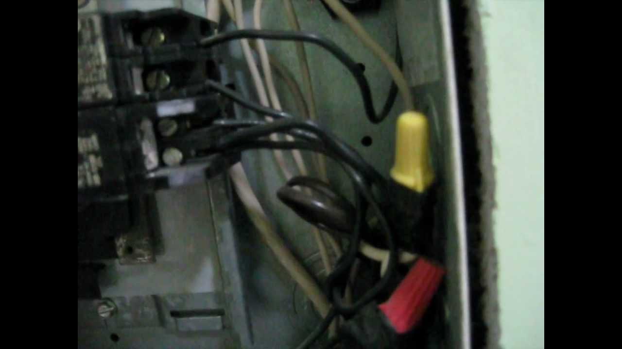 panel box circuit breaker test,using a multimeter