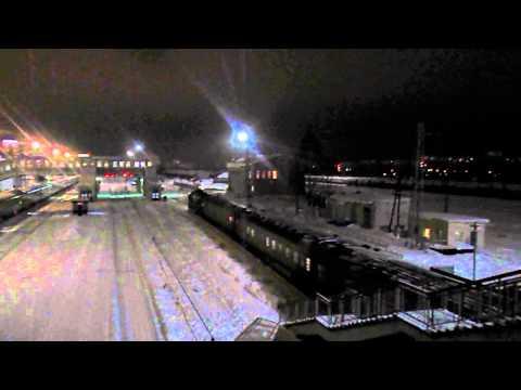 2М62-0324А с последним поездом Пинюг-Киров