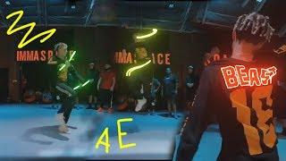 Живые, бегающие, светящиеся, неоновые линии на видео After effects