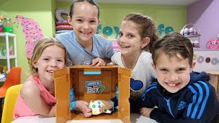 WHAT'S IN THE BOX CHALLENGE - Toy Cafe Version