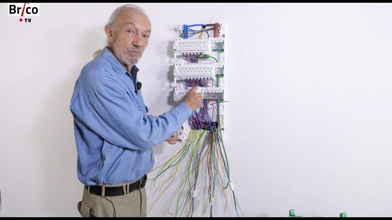 Renovation Electrique Soi Meme installer facilement un tableau électrique de répartition - tuto brico avec  robert
