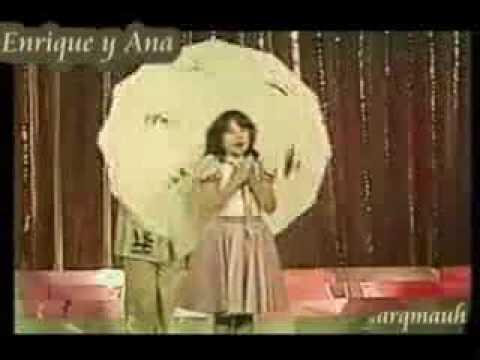 Enrique y Ana En un bosque de la china año 1979