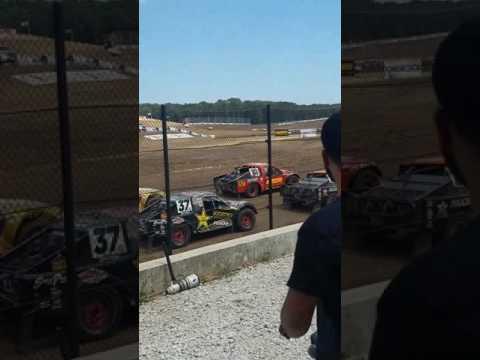 Lucas Oil Speedway Off Road Shootout National Anthem 7-22-17
