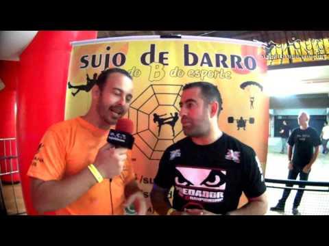 Alex Renner e SUJO DE BARRO