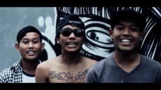 TANPA BATAS - PUTRI (Official Video Clip)