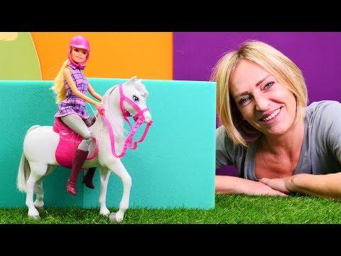Spielspaß mit Nicole - Barbie bekommt ein Pferd - Spielzeugvideo für Kinder
