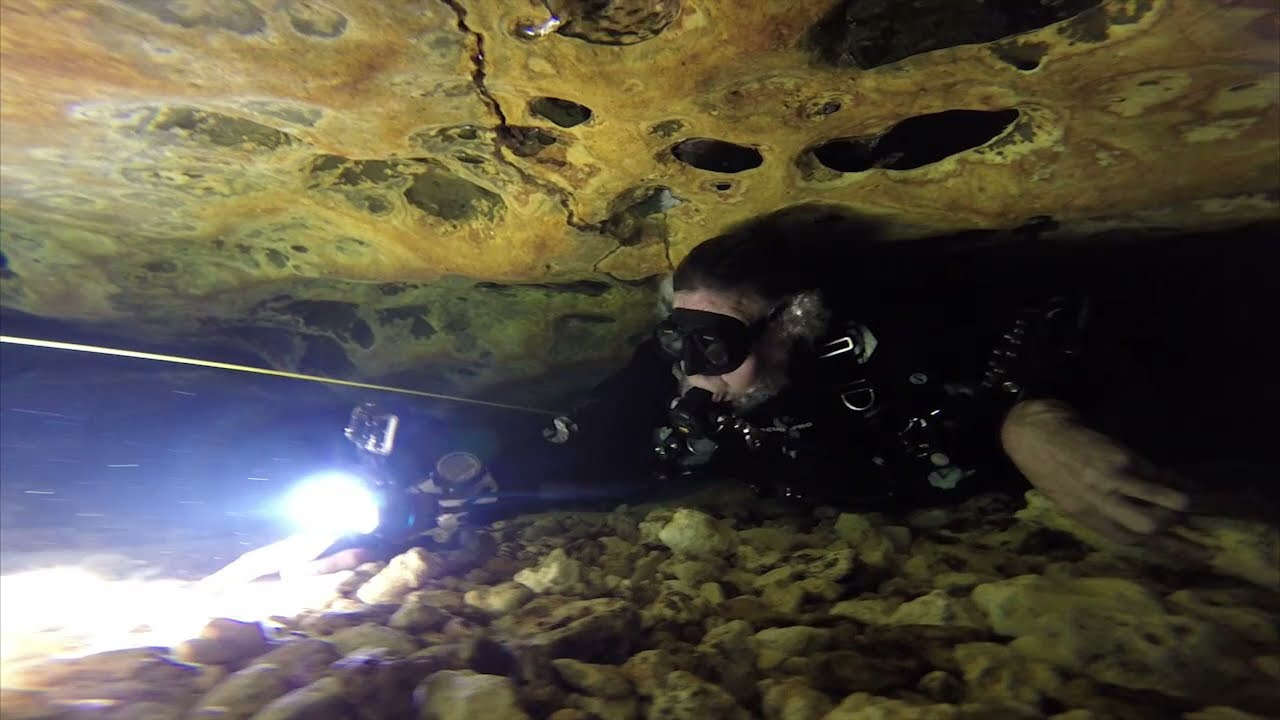 Cave Diving The Extreme Sport Sidemount Cave Dive At Jug