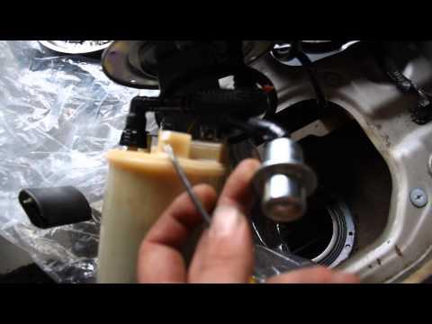 Hyundai Elantra Fuel Pump Removal