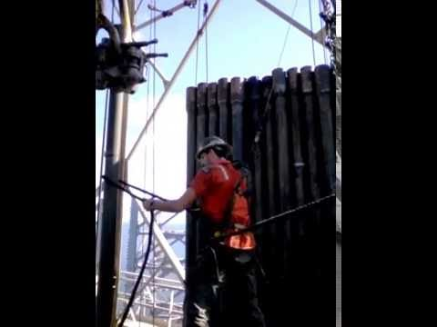 ROUGHNECK Pulling back 5 inch drill pipe