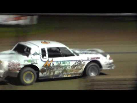Stock Car Amain @ Marshalltown Speedway 09/17/16