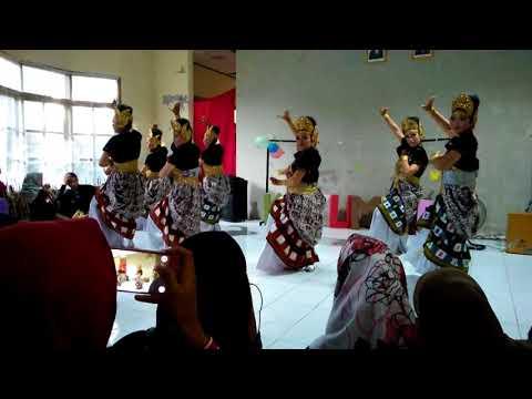 Tari Sundanese