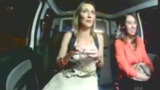 Repeat youtube video Pegadinha (INÉDITA) - O Taxista Lobisomem - Programa Silvio Santos - 14/07/2013