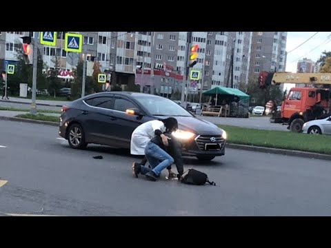 ЗЕБРА как поле битвы. Здравый смысл на пешеходном переходе.  Фрагмент занятия в автошколе БЦВВМ.