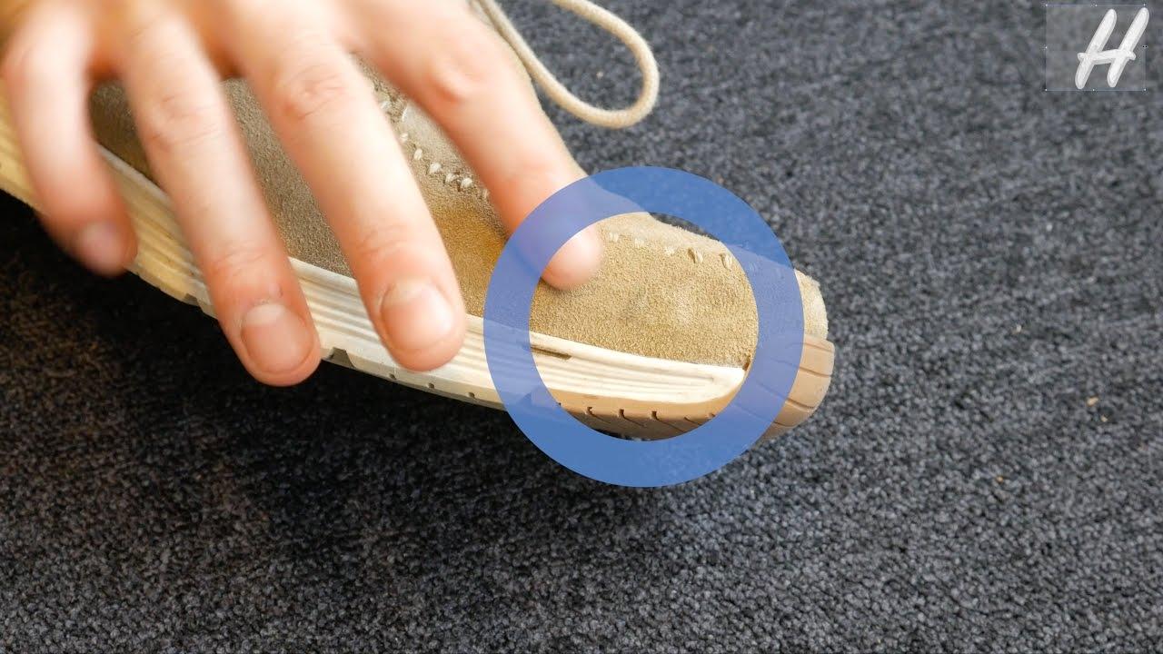 d155fda7985 Vlekken halen uit je suede schoenen doe je zo! | Handig - YouTube