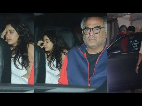 Angry Jhanvi Kapoor Snapped Outside Brother Arjun Kapoor's House First Time After Sridevi Death