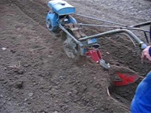 Plantation pomme de terre youtube - Periode plantation pomme de terre ...