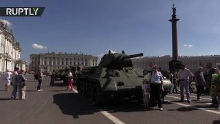 WWII tanks rolled out on streets of St  Petersburg to commemorate Leningrad Siege
