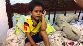 niño llora por la eliminación de Colombia. de la copa américa