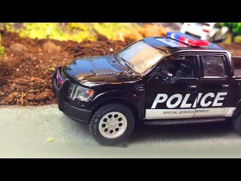 Мультики про машинки. Машинки угнали - Полицейский пикап, Фургон спасают джип, гоночные машинки