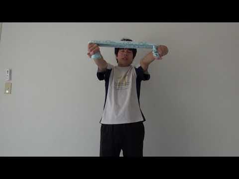 二の腕を細くする肩筋トレ!タオルで横に開く