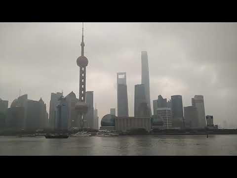 Набережная Бунд в Шанхае 2018
