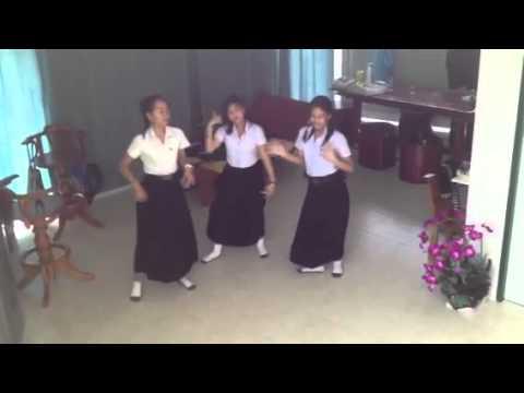 Hot!! คลิปหลุด 3 นักศึกษาสาว
