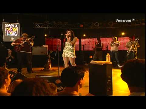 Amy Winehouse Live 8th September 2004 at New Pop Festival FU