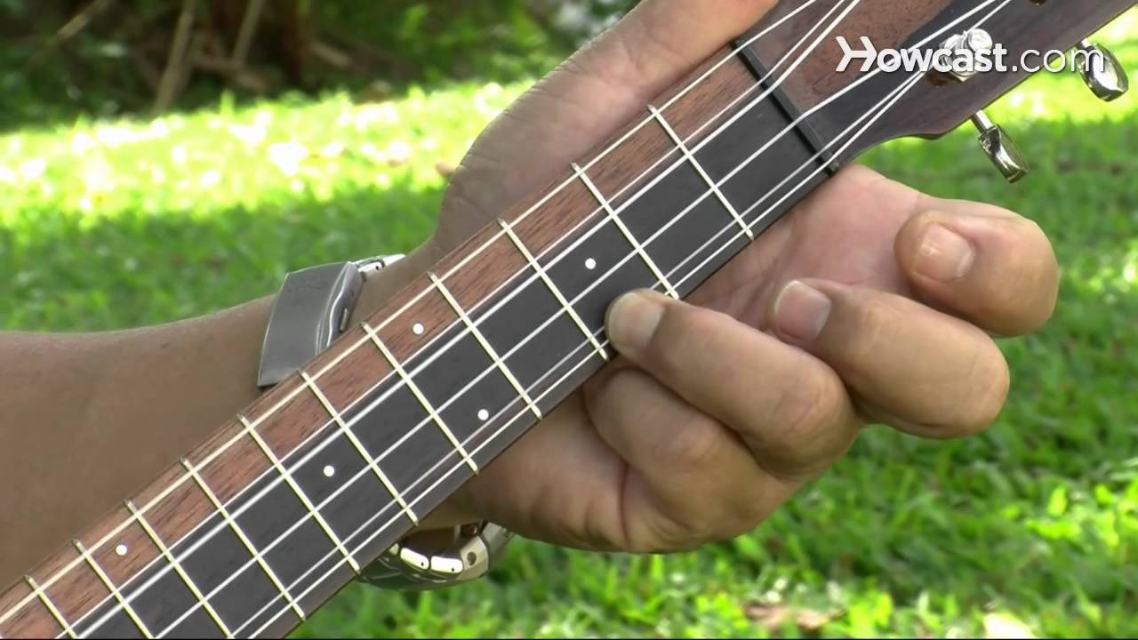 How To Play A C Chord Ukulele Lessons Youtube