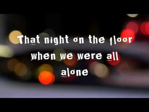 Blink 182 M+M's Lyric Video