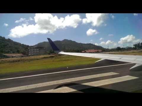 UA155 LANDED IN CHUUK (VIDEO0045)