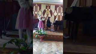 """Конкурс.Концерт """"Соль-мажор"""", та українська народна пісня """"Залітай-залітай"""""""