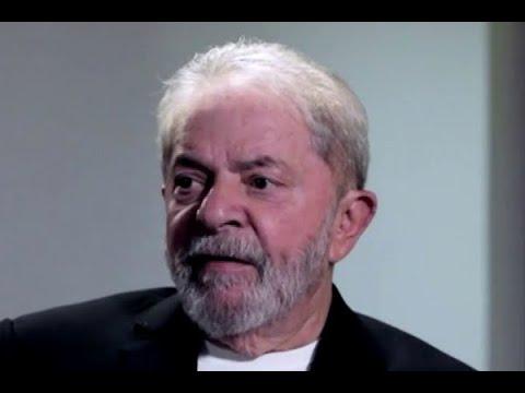 Lula faz primeira aparição pública desde que foi preso em Curitiba | SBT Brasil (05/06/18)