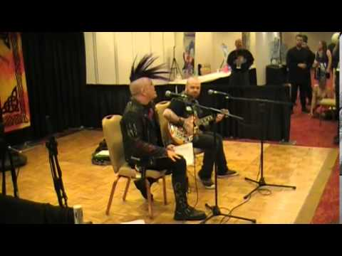 Bella Morte acoustic performance,