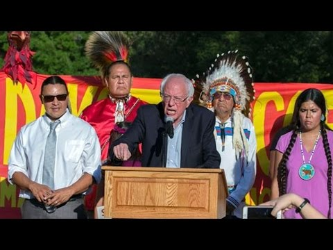 Bernie Sanders Joins Dakota Access Pipeline Protest