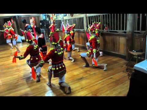 MVI 1123 Điệu múa của dân tộc Dao - Tỉnh Sơn La
