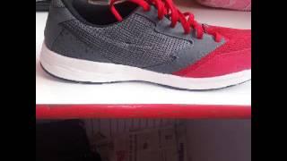 Sneakers (Garment)