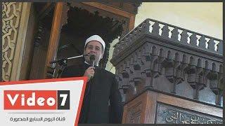 خطيب عمر مكرم يشرح